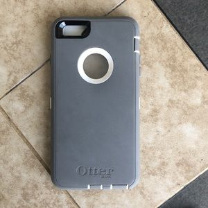 Accessories - iPhone 6 Plus otter box